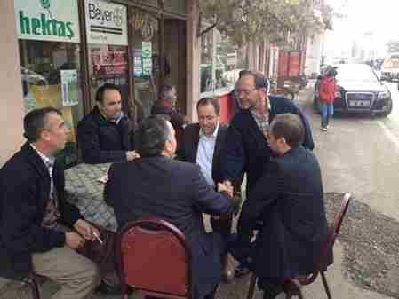 Geyve Belediye Başkanı Murat Kayamahelle başında vatandaşlar ile sohbet etti