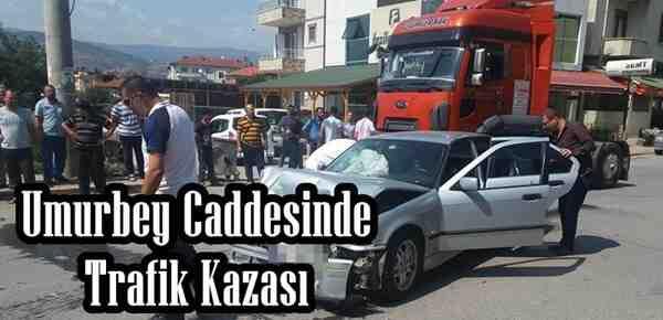 Umurbey Caddesinde Trafik Kazası