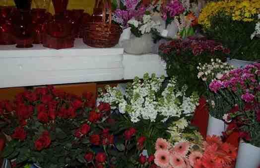 Esra Çiçekçilikte Öğretmenler  Günü Hazırlığı