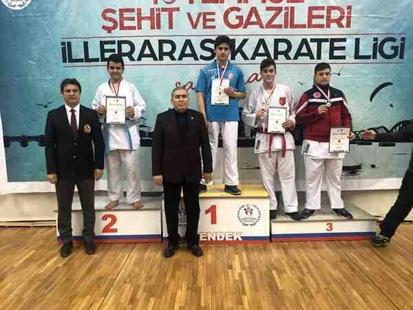 Geyve 6 madalya kazandı