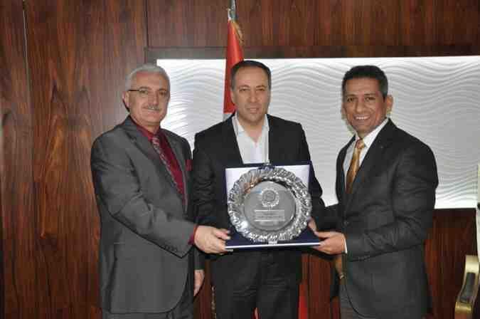 Başkan Burak'tan Kaya'ya iade-i ziyaret