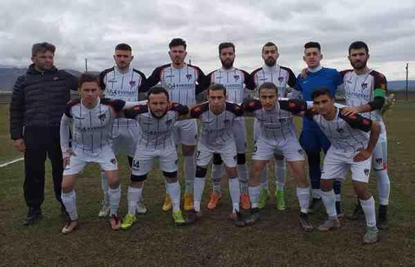 Geyvespor Asakyazıspor'a 2-1 mağlup oldu