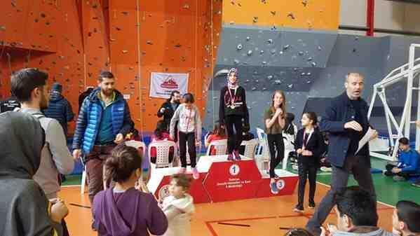 Spor Tırmanışında Sakarya şampiyonu..