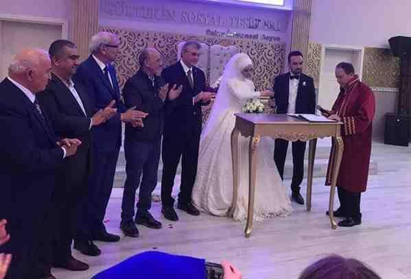 Başkanlar, Genç Çiftin Nikahında Buluştu