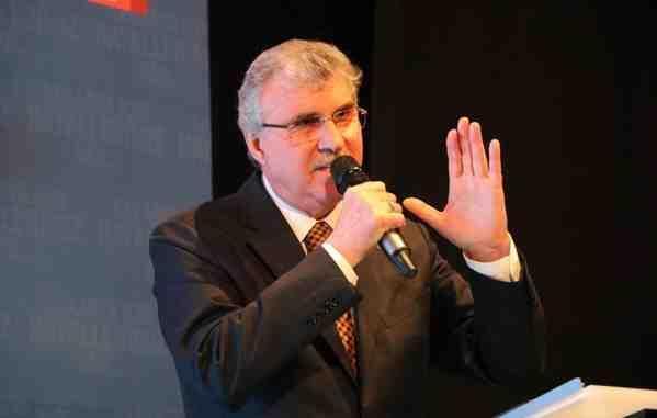 Başkan Adayı Yüce, Projelerini Tanıttı