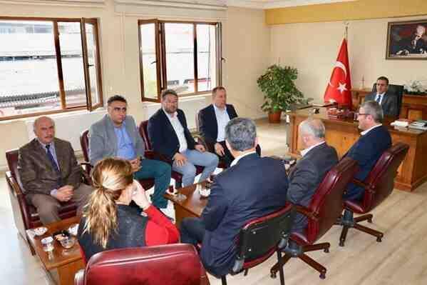 Başkan Kaya ve Yeni Meclisten Kaymakam Memiş'e Ziyaret