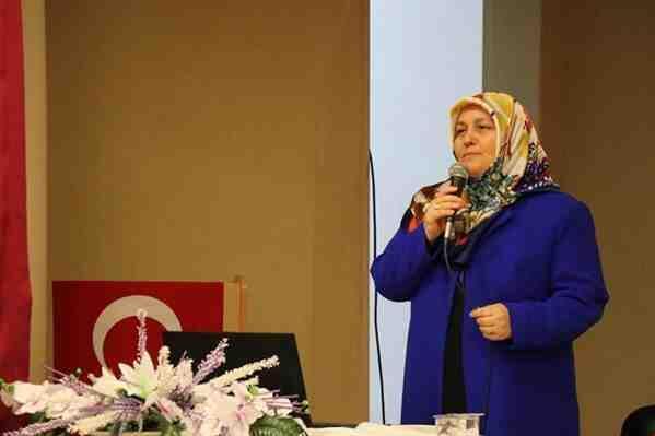 İslam'da Kadın ve Aile konulu konferans düzenlendi.