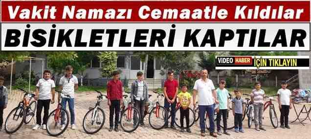 250 Vakit Namazı Cemaatle Kıldılar.Bisikleti Kaptılar..
