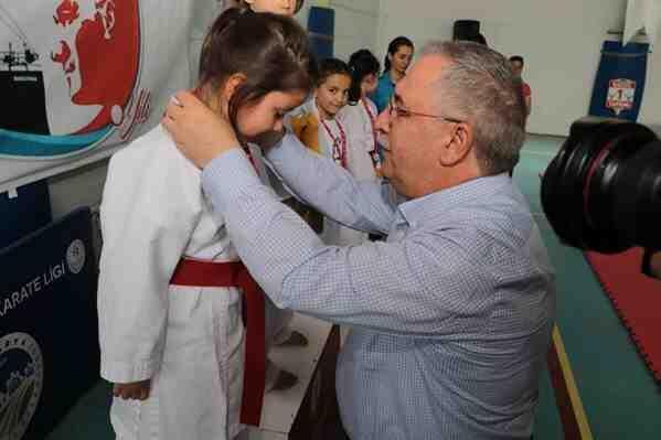 Milli Mücadele Kahramanları Geyve'de Karate Turnuvasıyla Anıldı.