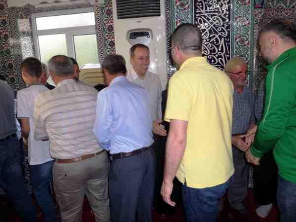 Hediye Camisinde bayram sabahı