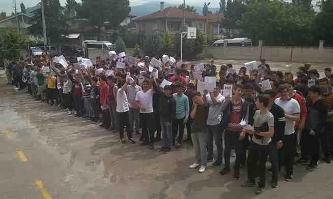 Geyve Anadolu İmam Hatip Lisesinde karne töreni