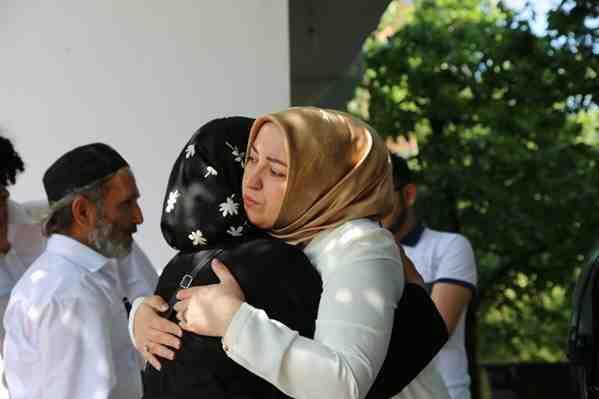 Milletvekili Atabek Şehit Ailesini Ziyaret etti