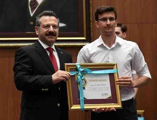 Geyveli Ali Aygün Yaban YKS de ilk 500 e Girdi