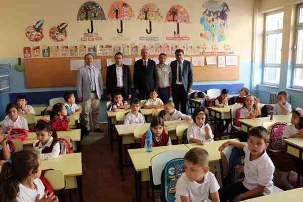 Eğitim-Öğretim Yılı Açılışı Çeşitli Etkinliklerle Kutlandı
