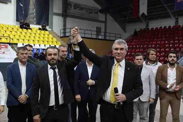 Sakaryaspor'da Cumhur Genç dönemi